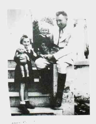 Franz Stangl mit Kindern